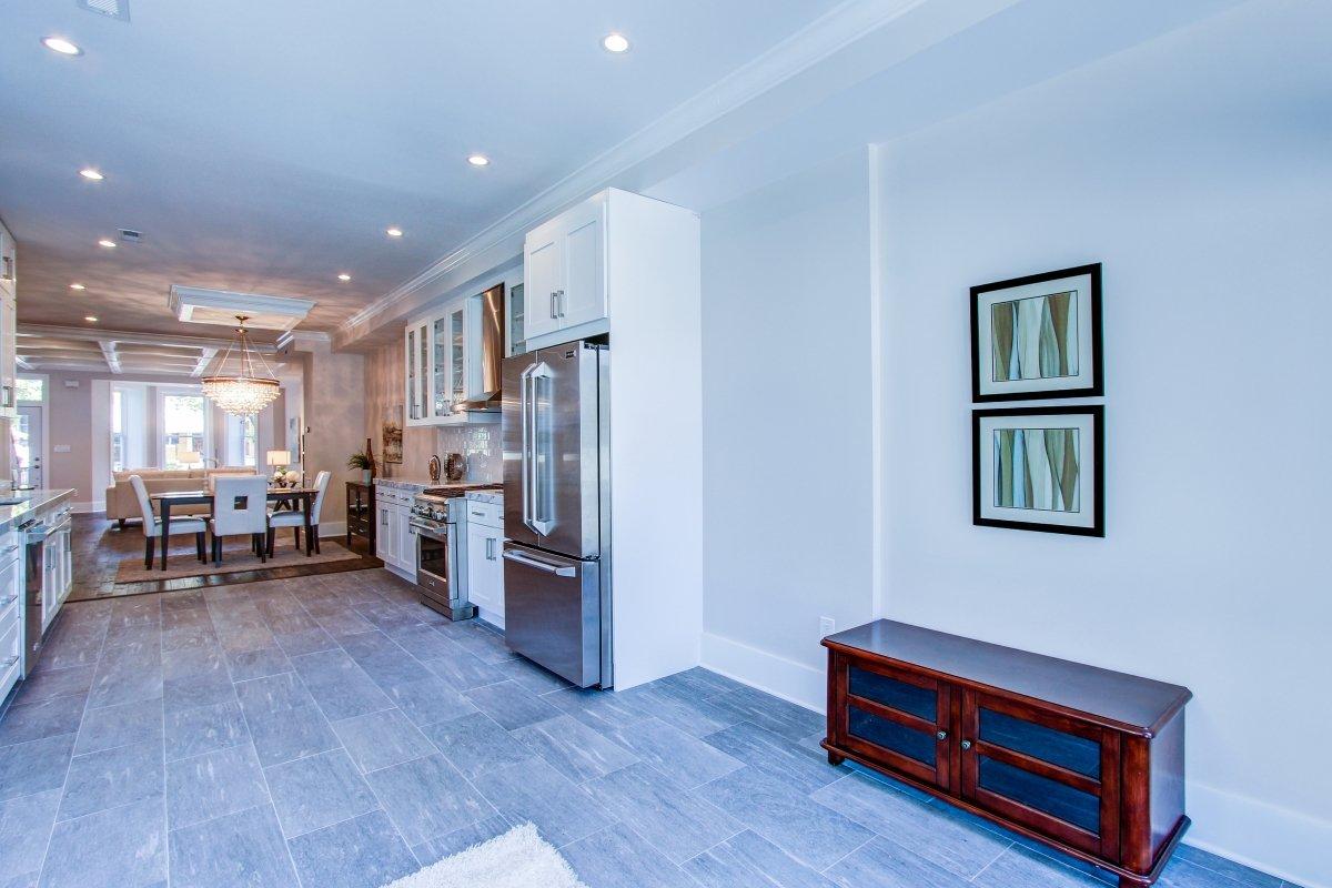 216 10th street ne washington dc ira real estate llc for 10th street salon